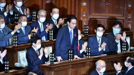 Fumio Kishida asume el cargo como el 100.º primer ministro de Japón