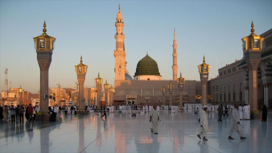 Mausoleo del Profeta del Islam, el Hazrat Muhamad (P), situado en Medina, Arabia Saudí.