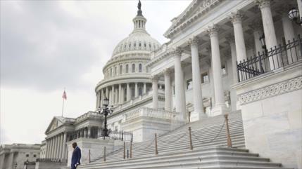 'EEUU enfrenta una recesión si Congreso no aborda límite de deudas'