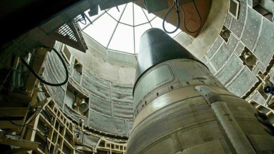 ¿Cuántas ojivas nucleares almacena EEUU en sus arsenales?