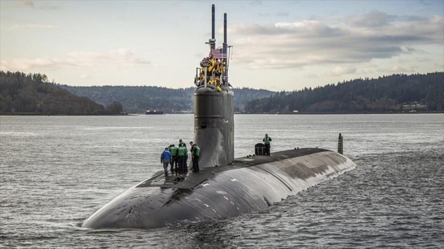 El submarino de propulsión nuclear estadounidense de clase USS Connecticut.