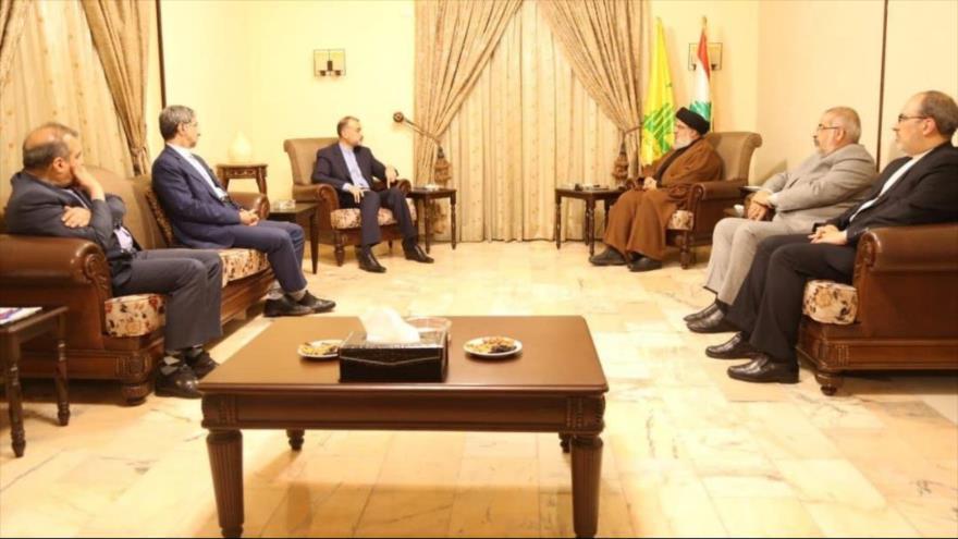 El canciller iraní, Hosein Amir Abdolahian, se reúne con líder de Hezbolá, Seyed Hasan Nasralá, en Beirut, capital libanesa, 8 de octubre de 2021.