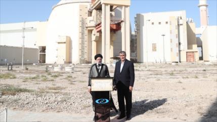 Raisi: Irán nunca renunciará al uso pacífico de la energía nuclear