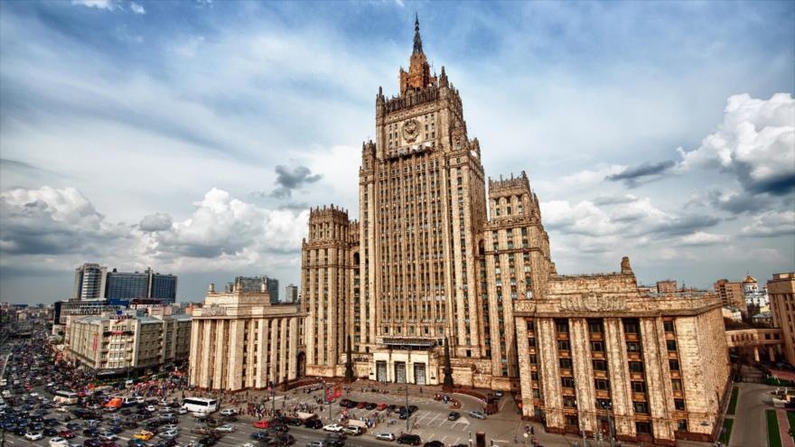 El edificio de la Cancillería de Rusia en Moscú, capital.