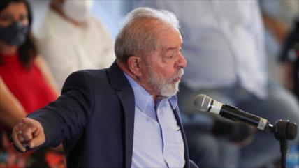"""Lula pide a los brasileños elegir a alguien """"humano"""" en 2022"""