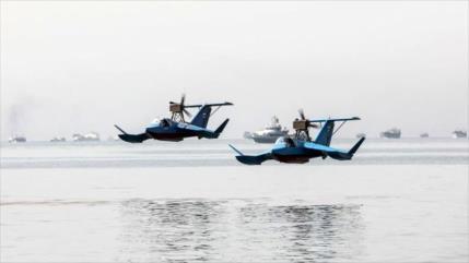 """""""Barcos lanzamisiles voladores iraníes guardan estrecho de Ormuz"""""""