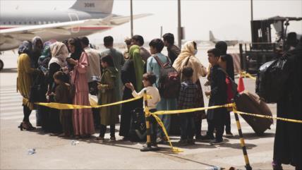 """""""Enviénnos a casa"""": Afganos denuncian su situación en Reino Unido"""