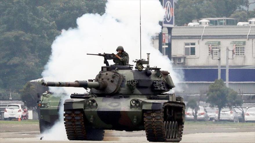 Un tanque CM-11 Tigre Valiente del Ejército chino participa en un simulacro, 9 de octubre de 2018. (Foto: Reuters)