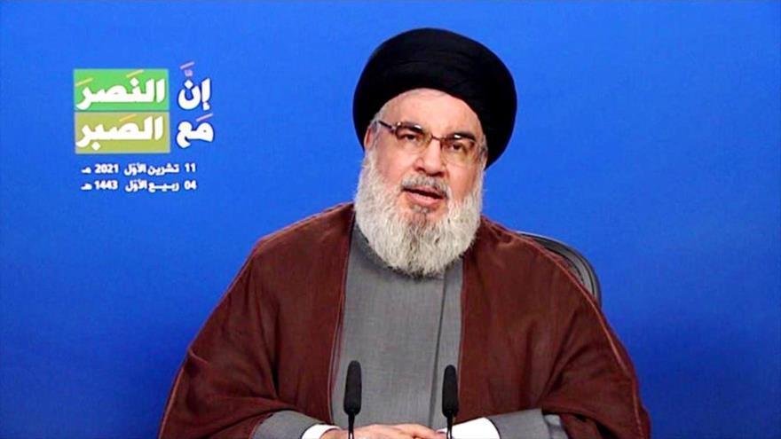 El secretario general el Movimiento de Resistencia Islámica de El Líbano (Hezbolá), Seyed Hasan Nasralá, ofrece un discurso, 11 de octubre de 2021.