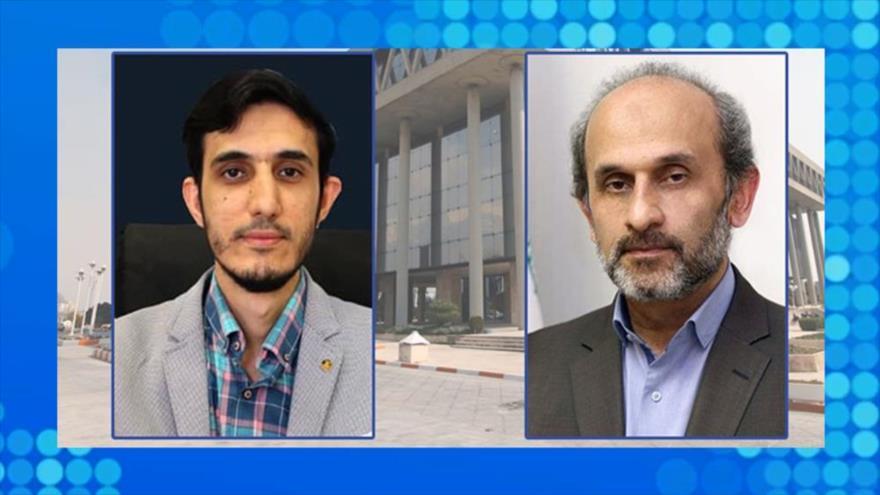 El presidente de IRIB, Peyman Yabeli (dcha) y el nuevo jefe del Servicio Exterior, Ahmad Norouzi.