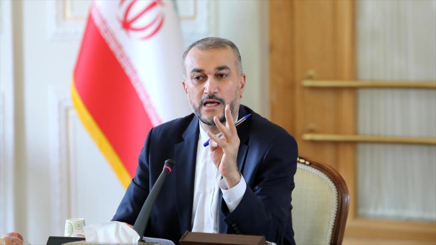 El ministro de Exteriores de Irán, Hosein Amir Abdolahian.