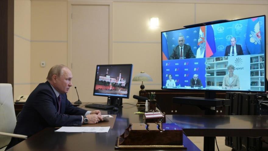 Putin promete suministrar volúmenes récord de gas a Europa