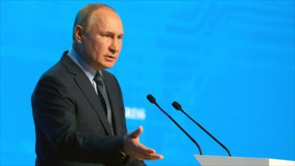 Putin alerta de amenaza de alianza AUKUS para estabilidad regional