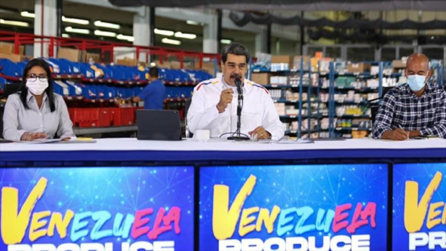 Maduro acusa a Duque de crímenes contra migrantes y pide justicia