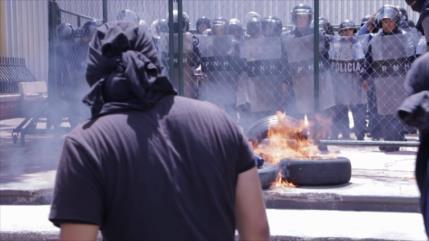 Hernández estipula como delitos de usurpación protestas en Honduras
