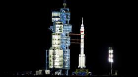 Vídeo: China lanza con éxito nave espacial con 3 astronautas a bordo