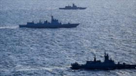 Buques de China y de Rusia navegan juntos por estrecho japonés