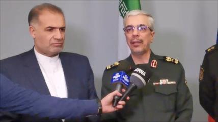 """Irán y Rusia alcanzan """"buenos acuerdos"""" sobre cooperación naval"""