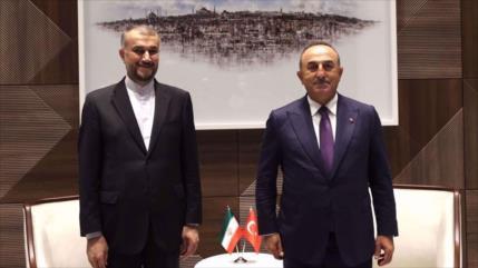 Irán y Turquía abogan por ayudar a lograr un Afganistán estable