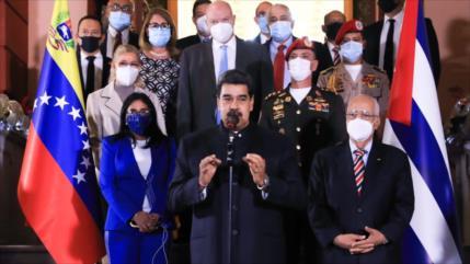 Maduro apoya esfuerzos para normalizar lazos con Colombia