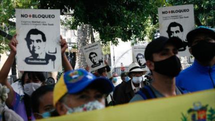 Sondeo: EEUU 'secuestró' a Saab para sabotear diálogos de México