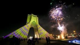 Irán celebra natalicio del Profeta de Islam con fuegos artificiales