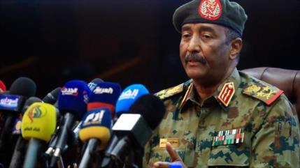 Fuerzas Armadas liberan al destituido premier sudanés